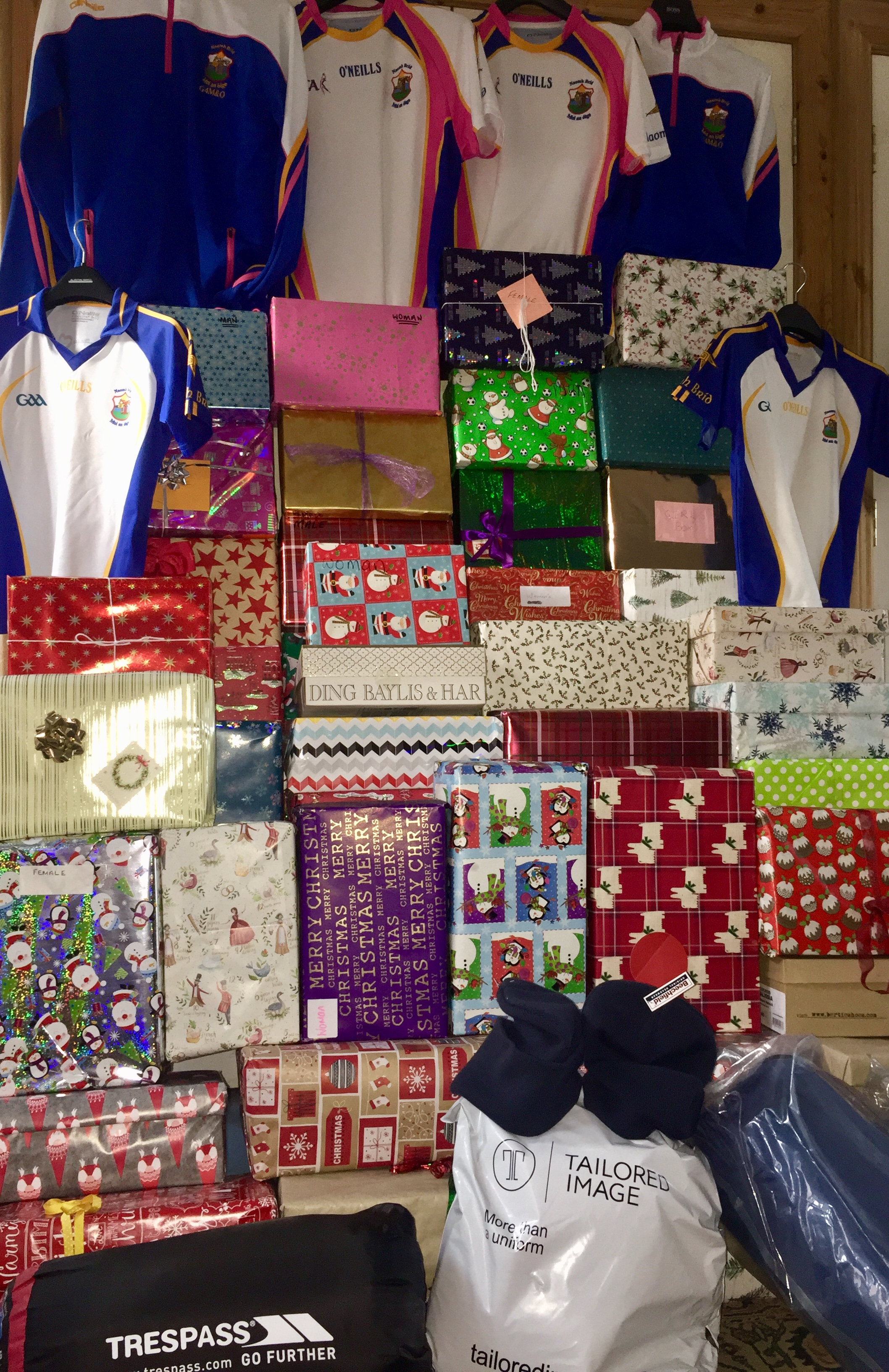 Saffron Aid 2 shoebox appeal – boxes stacking up!