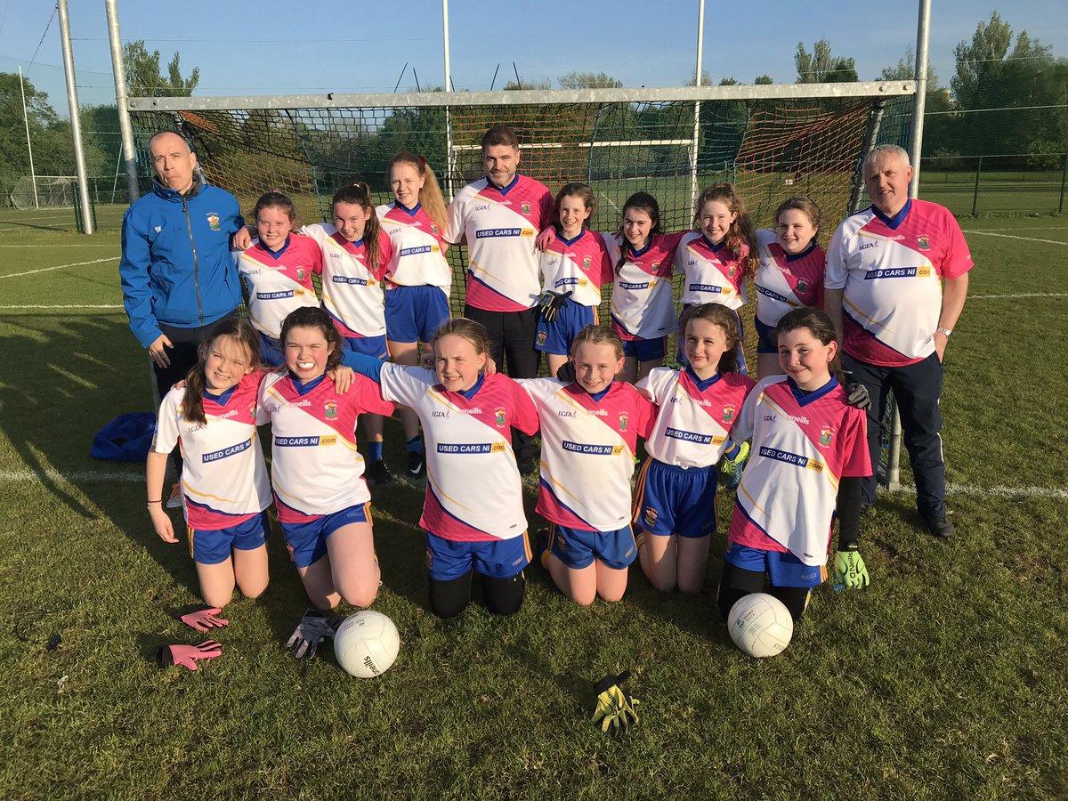 U12 Girls Take On Rossa Sporting Snazzy New Jerseys!